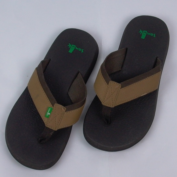 938da72498b8 Sanuk Men s Flip Flop Thong Sandals Yoga Brown. M 5c53766845c8b3280d29991e
